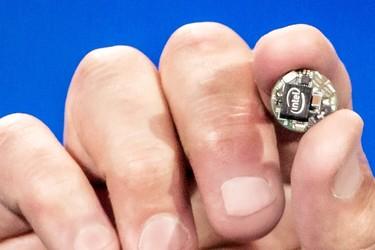 Intel esitteli Curien – valmis paketti puettaviin laitteisiin