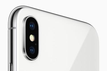 Valokuvaaja vertasi iPhone X:n Portrait Lighting -ominaisuutta oikeaan studiovalaistukseen