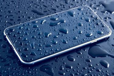 Opas: iPhone kastunut? Toimi näin ja pelasta puhelimesi