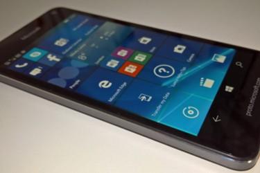 Tulevasta Lumia 650:sta lisätietoja ja kuva