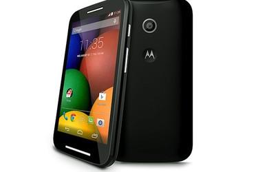 Video: Motorolan halpisluuri yllättää nopeusvertailussa Samsung Galaxy S5:ttä vastaan