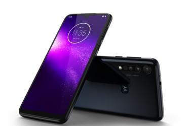 Motorola tuo One Macro, Moto G8 Plus ja Moto E6 Play -puhelimet Suomen markkinoille