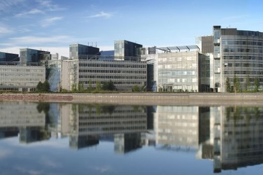 Nokia luopuu pääkonttorista 170 miljoonalla, vuokraa takaisin