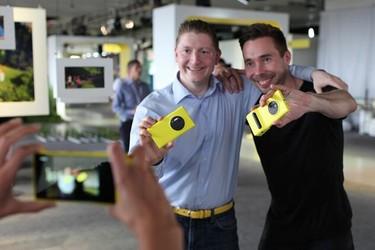 Juuri nyt: Nokian puhelinten kameragurut vastaavat livenä kysymyksiin