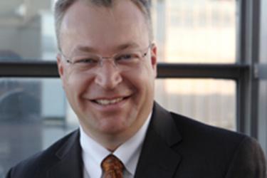 Elop lupaa Windows Phone -strategian olevan täydessä vauhdissa ensi vuoden lopulla