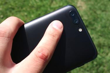 Testissä OnePlus 5: Ensikokemukset ja ensimmäiset kuvat