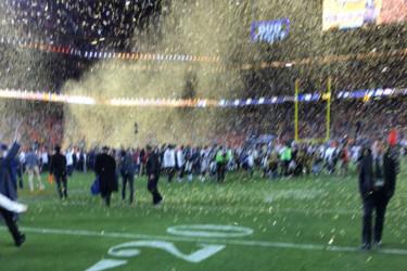 Applen toimitusjohtajan Super Bowl -kuvalle naureskelu johti estoon