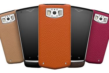 Uusi Vertun luksuspuhelin pakkaa Androidin värikkääseen nahkakuoreen - hinta melkein 5000 euroa