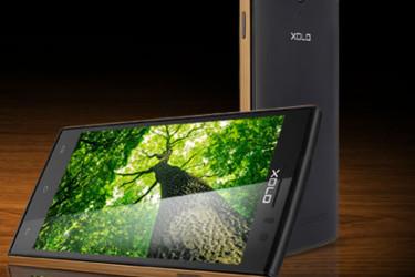 Xolo Q1020 on puhelin, jonka rungossa on puuta