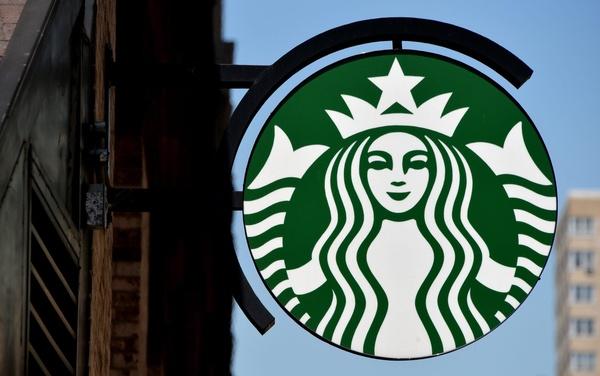 Starbucksin asiakkaat joutuivat hakkereiden uhriksi