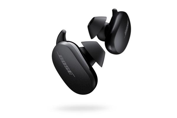 Bose julkaisi täysin langattomat QuietComfort Earbuds vastamelukuulokkeet ja Sport Earbuds urheilukuulokkeet