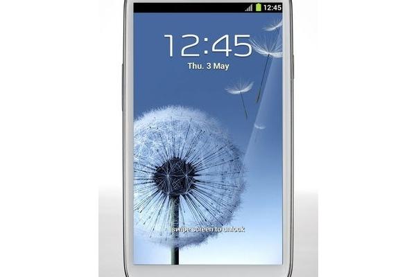 Samsungin Galaxy S III on yhtiön nopeiten myynyt malli ikinä