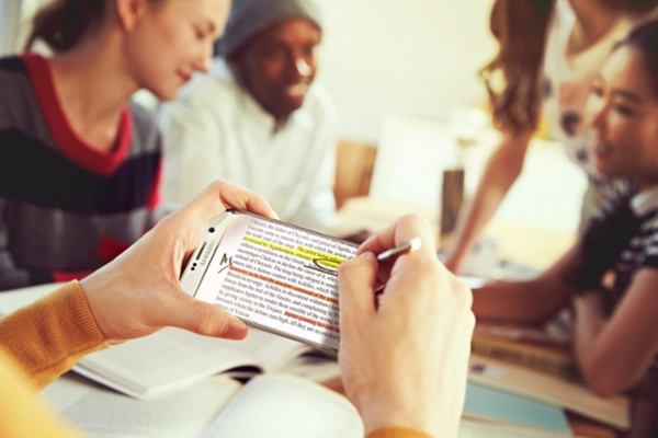 Samsungin tyly kommentti Note 5:n kynäongelmasta: Lukekaa käyttöopas