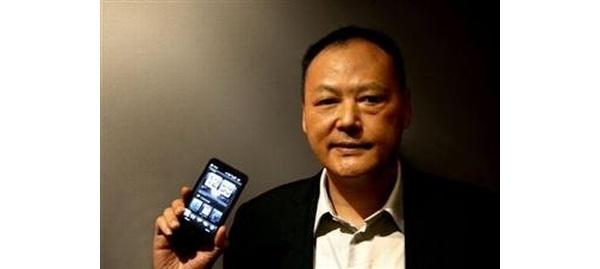 HTC:lla kuohuu, kehitystiimit tekevät ylitöitä ilman palkkaa