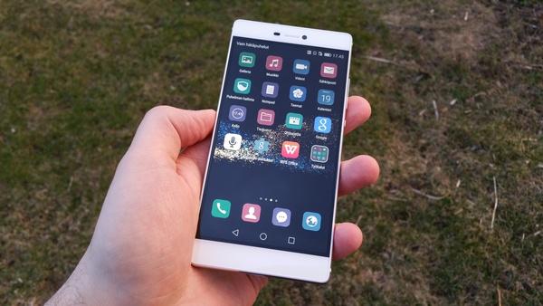 Ensivaikutelmat Huawei P8 -huippupuhelimesta