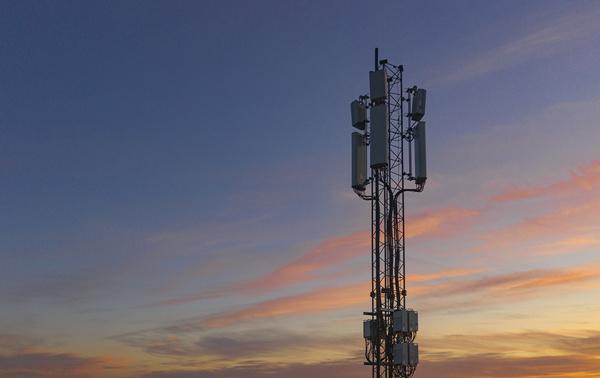 DNA:n ja Telian Yhteisverkko aloittaa 5G-verkon rakentamisen Varkaudesta