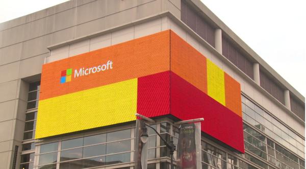 Microsoft vastaa Chromebookien hintasotaan