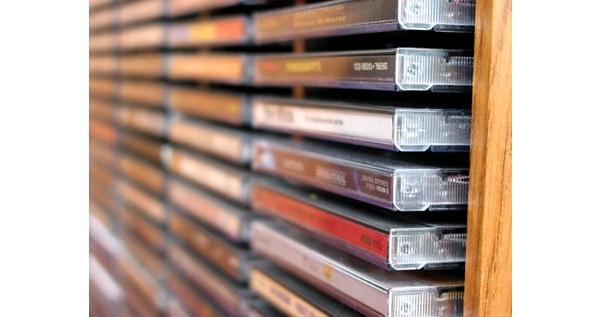Pikkuhiljaa eroon bloatwaresta - Samsung lakkauttaa musiikki- ja kirjapalvelunsa