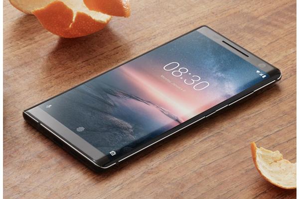 Nokia 8 Sirocco saa isoja uudistuksia Android Piessa