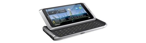 Kansanedustajien Nokia E7:t huollossa tiuhaan tahtiin