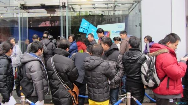 Puhelimia ei edelleenkään kaikille, Lumia 920 loppui kesken Kiinassa