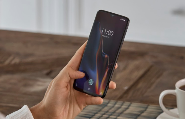 OnePlus releases their new flagship, OnePlus 6T, with in-display fingerprint sensor