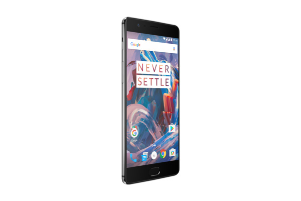 OnePlus 3 -älypuhelin julkaistiin: Huippuluokan suorituskykyä alle 400 eurolla