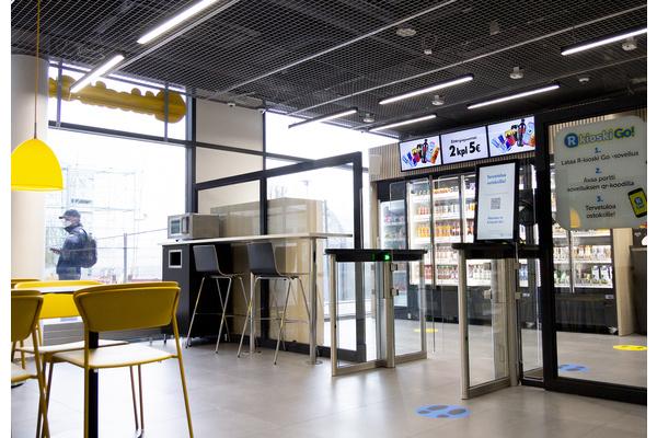 R-kioski avasi ensimmäisen ilman henkilökuntaa toimivan R-kioski Go! -myymälän Helsingissä