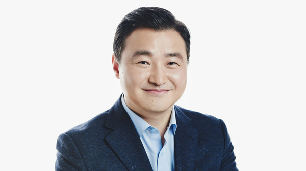 Samsung gets a new Galaxy CEO