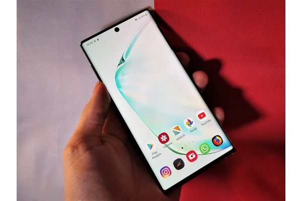 Samsung jättänee tämän vuoden Galaxy Note -mallin julkaisematta - osista huutava pula