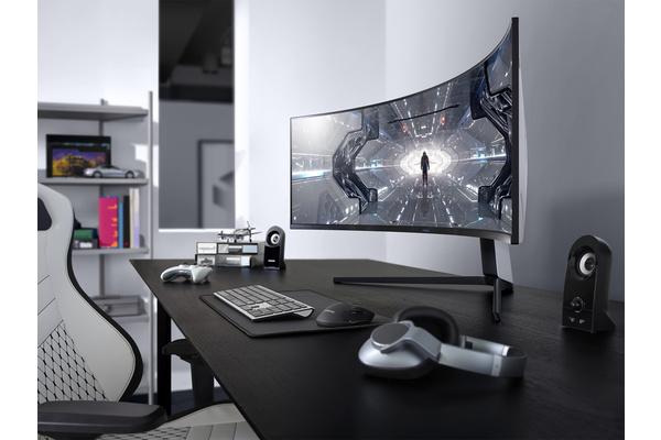 Samsungin 240 Hz:n virkistystaajuuden Odyssey G9 ja G7 -kaarevat pelinäytöt saapuivat myyntiin Suomessa