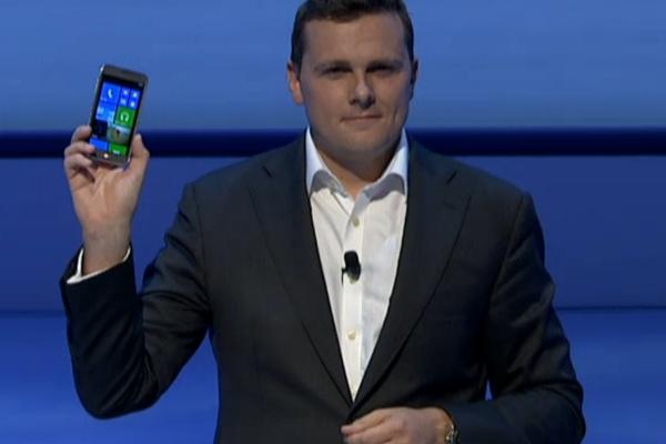 Samsung julkisti ensimmäisen WP8-puhelimen: ATIV S