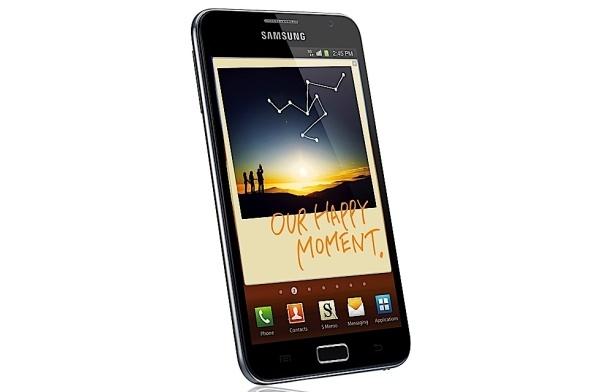 Testissä Samsung Galaxy Note: parasta kahdella kädellä käytettynä