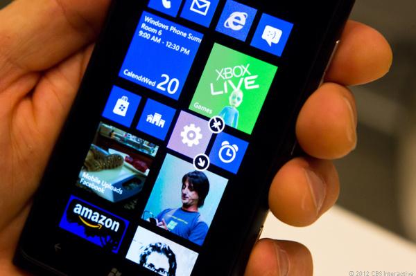 Microsoft vakuuttaa Windows Phone 8 -laitteiden olevan päivitettävissä