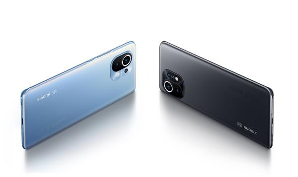 Xiaomin Mi 11 -huippupuhelin julkaistiin kansainvälisesti: taskukokoinen elokuvastudio 108 MP:n kameralla ja isolla 120 hertsin näytöllä