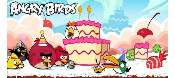 Angry Birds juhlii kolmen vuoden taivaltaan muun muassa uusilla kentillä