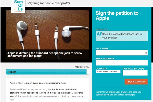 Over 220,000 people petition for Apple to keep the headphone jack for the iPhone 7