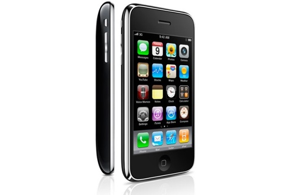 iPhone 3G S: 600 megahertsin prosessori ja 256 megatavun RAM-muisti