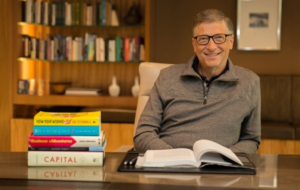 Bill Gates to step down from Microsoft board