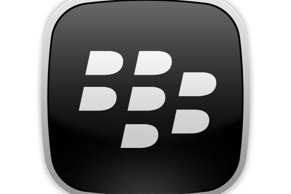 BlackBerryn ostotarjous hylättiin – toimitusjohtaja vaihtoon