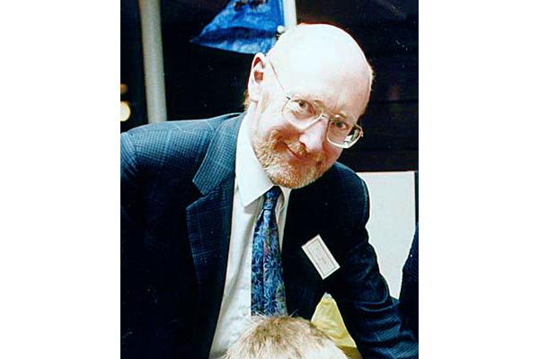 Computing pioneer Sir Clive Sinclair dies, aged 81