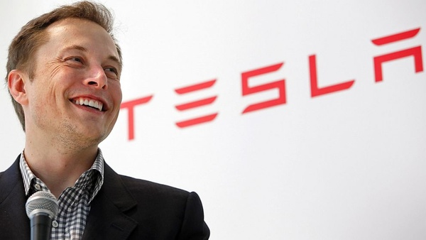 Musk's deep pockets aren't enough, Tesla looking for $2 billion injection
