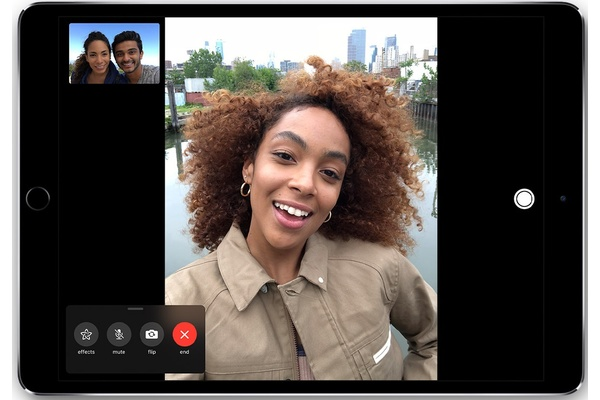 Apple rewarding the teen that found critical FaceTime bug