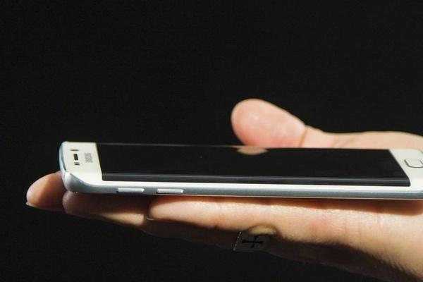 Galaxy S6:n myyntiluvut heikkoja, Samsung ongelmissa?