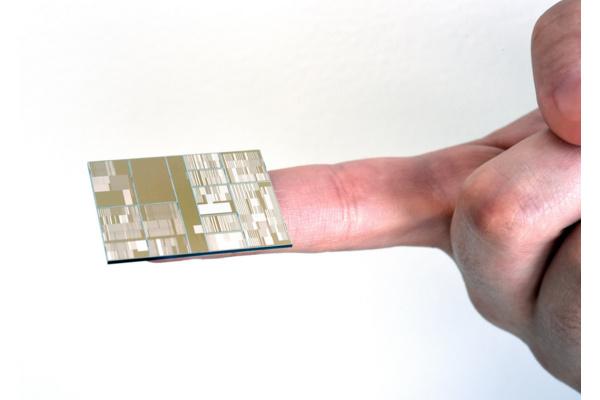 IBM valmisti toimivan piirin 7 nm:n tekniikalla