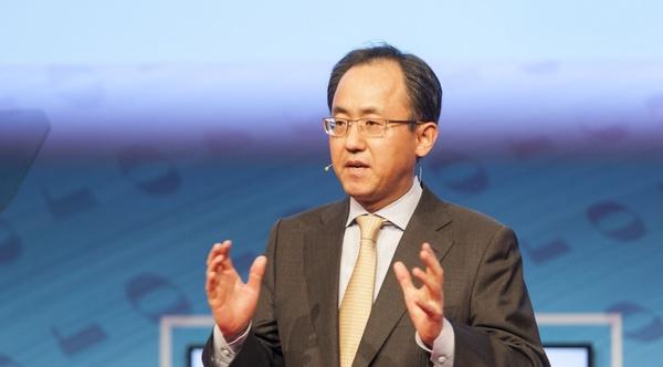 Samsung-pomo jätti tehtävänsä ennen Galaxy S6:n lanseerausta