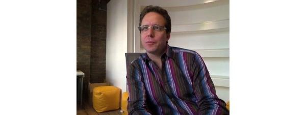 Videolla: haastattelussa Symbian-säätiön johtaja Lee Williams