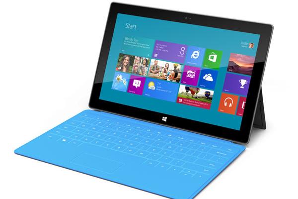 Apple ja Microsoft käyvät sanaharkkaa PC:n kuolemasta