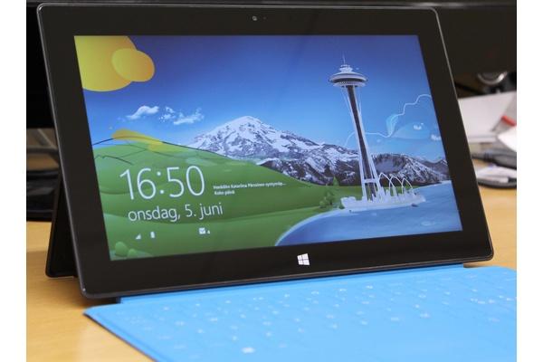 Uusi artikkeli: Testissä Microsoft Surface Pro: Tuhannen euron steroiditabletti