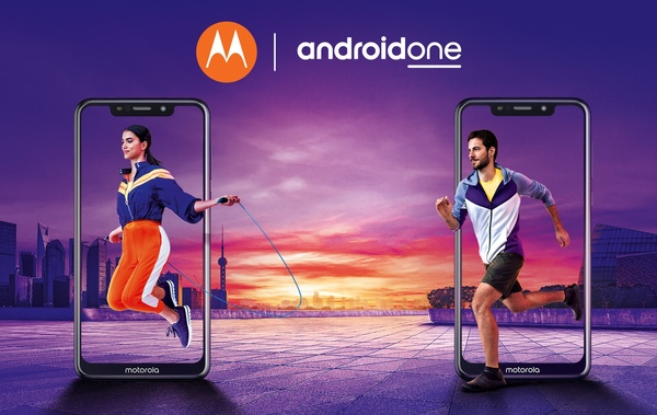 Motorolalta kaksi kilpailukykyistä Android One -puhelinta huokeaan hintaan